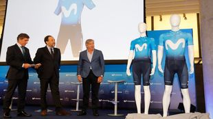 Eusebio Unzué en la presentación del Movistar Team