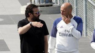 José Ángel Sánchez y Zidane, cara a cara