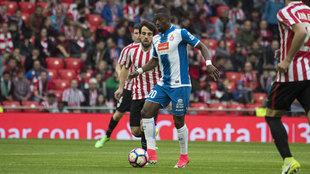Pape Diop, en un partido con el Espanyol.