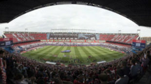 Panorámica del Vicente Calderón en el duelo ante el Athletic.