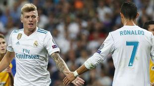 Kroos y Cristiano durante un encuentro de esta temporada