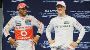Hamilton y Schumacher, en el GP de China de 2012