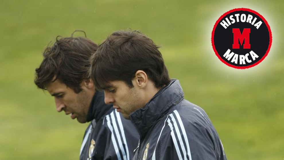 Raúl y Kaká en un entrenamiento del Madrid en 2010.