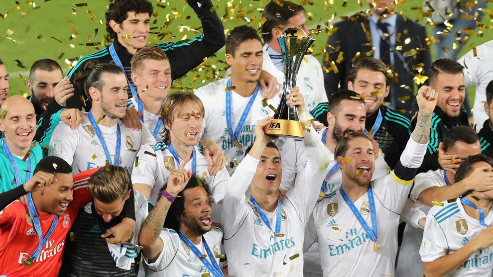 El Real Madrid levanta el Mundial de Clubes.