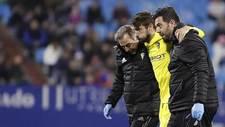 José Mari abandona La Romareda lesionado durante el Zaragoza - Cadiz