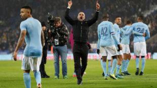 Guardiola celebra la victoria de los suyos