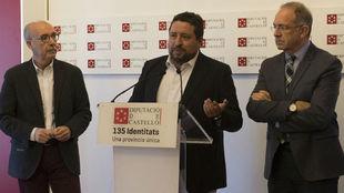 Los presidentes de la Federación Valenciana, la Española y, en el...