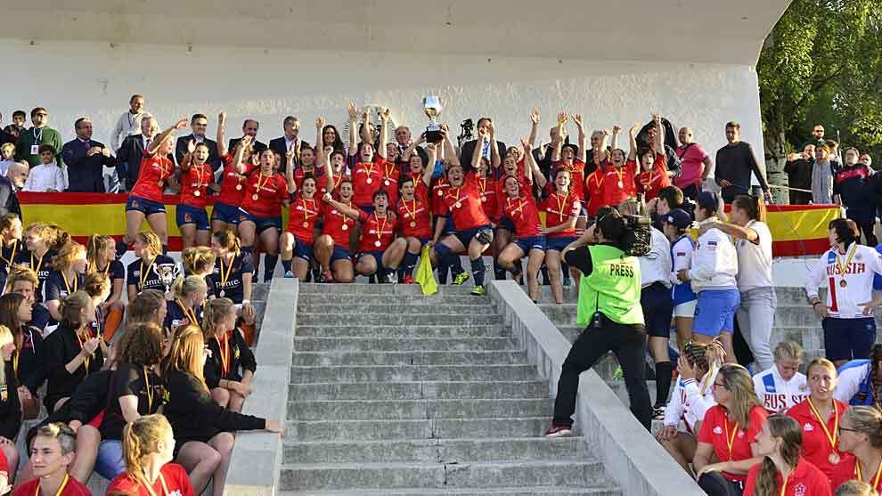 La selección femenina celebra el título europeo en el Central de la...