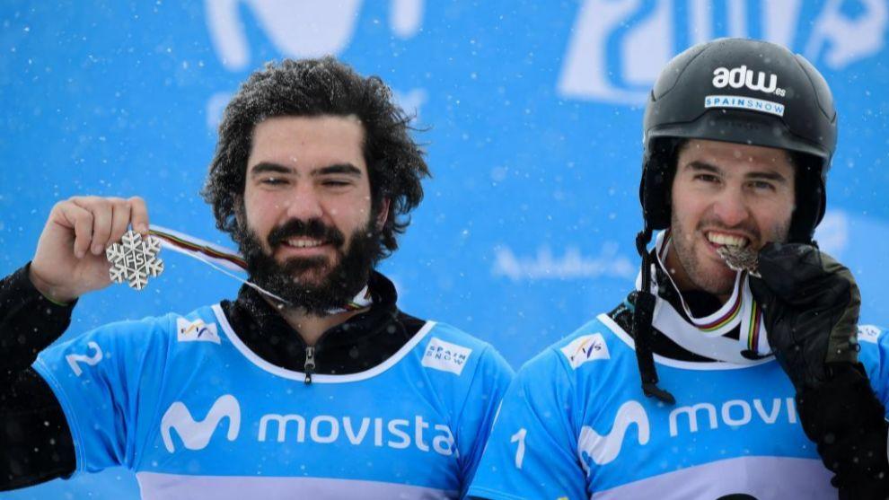 Regino Hernández y Lucas Eguibar, en la imagen en el podio del...