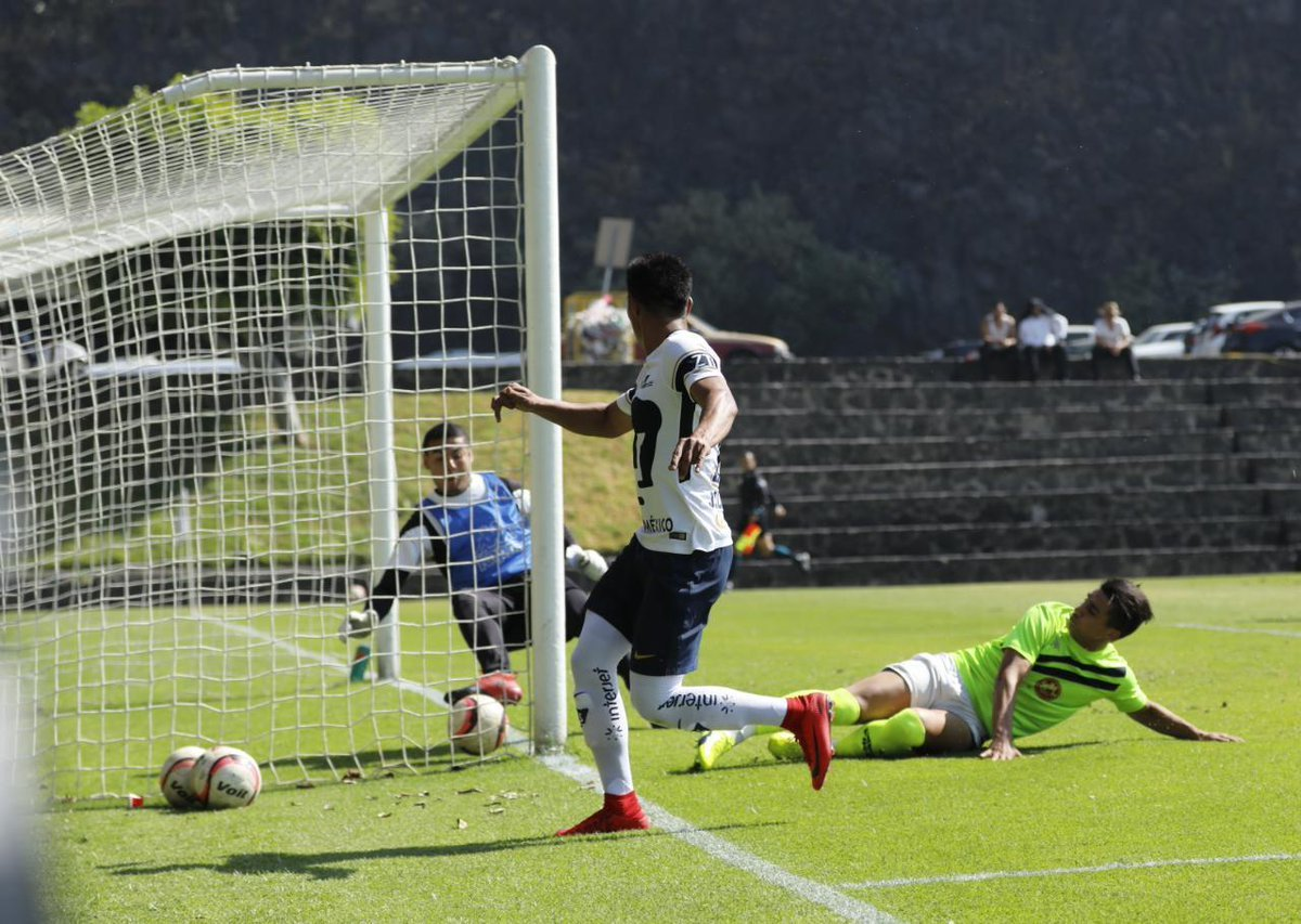 Pumas vence 2-1 a Zacatepec en partido amistoso