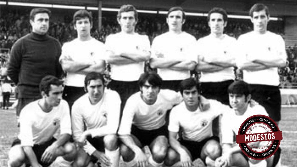 Once inicial del Burgos que logró el ascenso a Primera en los años...