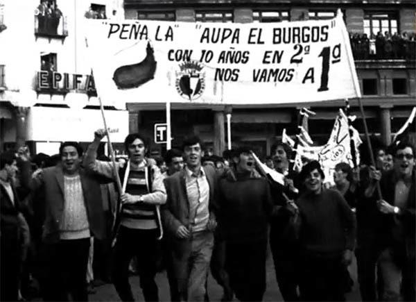 Imagen de la afición burgalesa celebrando el ascenso a Primera