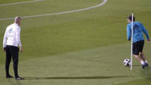 Kovacic y Zidane, en Abu Dabi.