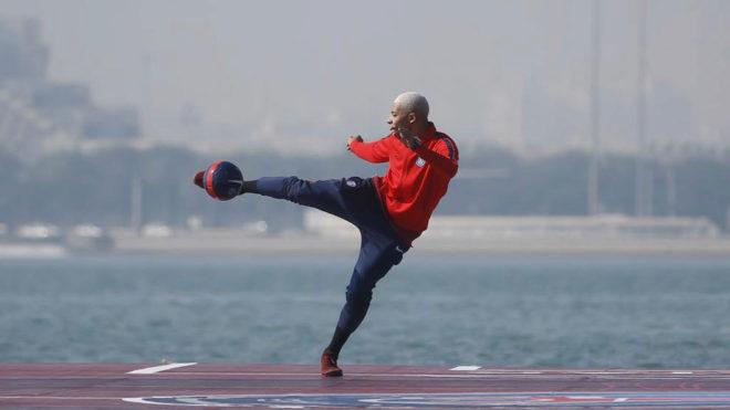 Kylian Mbappé, en un acto del PSG en Doha.