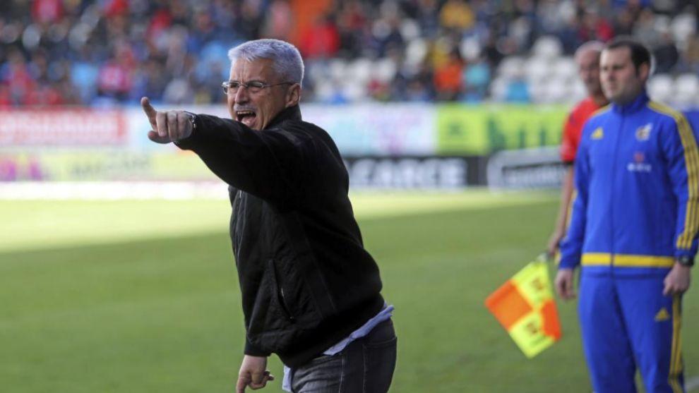 Fabri (62) durante un partido con la Ponferradina.