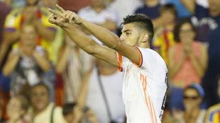 Rafa Mir, en un partido con el Valencia Mestalla