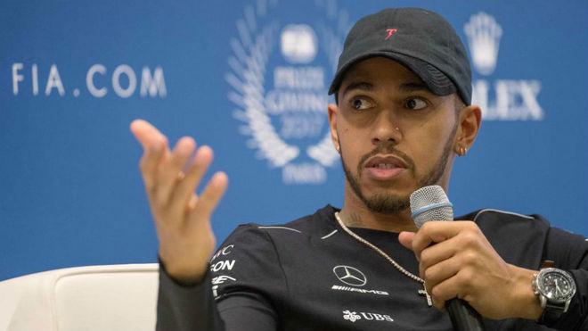 Lewis Hamilton, en la gala de entrega de premios de la FIA