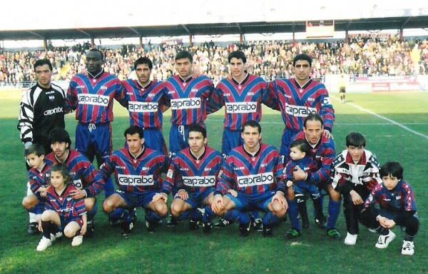 Alineación del equipo en la campaña 1998-99