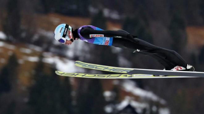 Kamil Stoch durante uno de los saltos en Garmisch-Partenkirchen.
