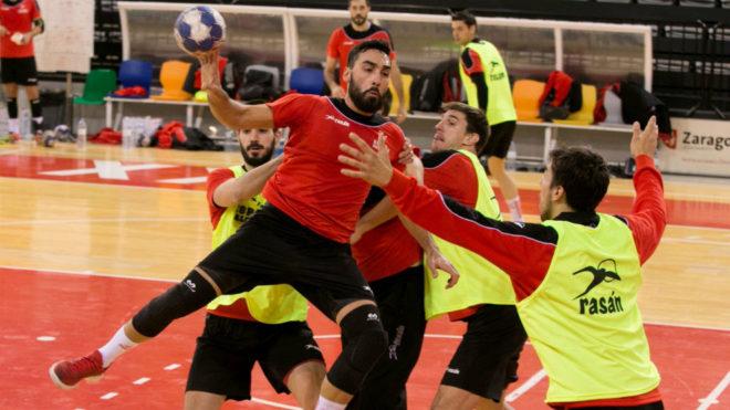 Los internacionales españoles, durante un entrenamiento en Zaragoza.