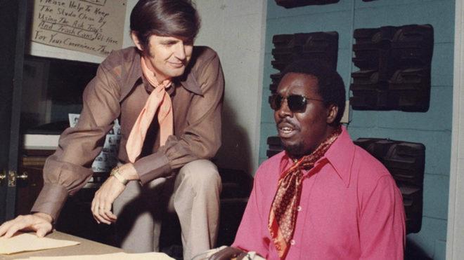 Rick Hall y Clarence Carter en los estudios FAME