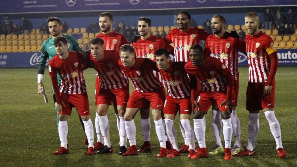 El once del Almería en Santo Domingo.
