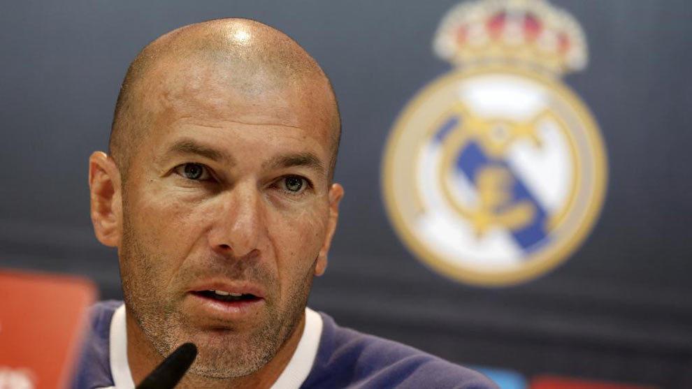 Zidane durante una rueda de prensa