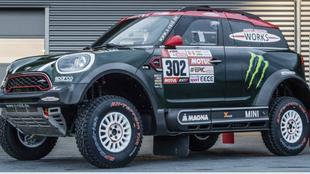 El coche de Nani Roma para el Dakar.