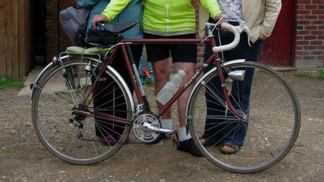 La bicicleta sustraída por el ladrón.