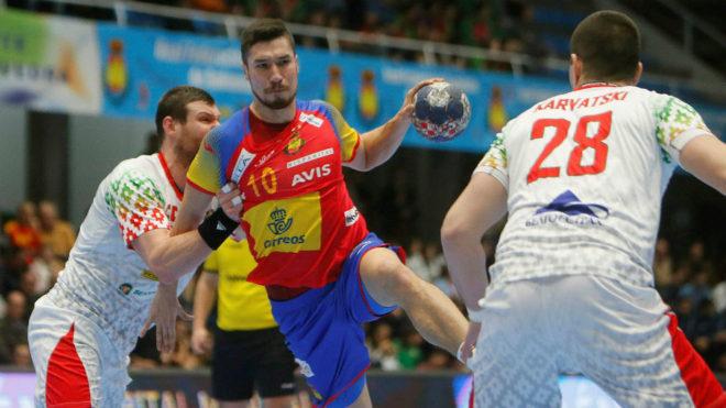 Álex Dujshebaev, en una acción de ataque /
