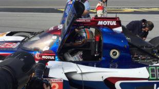 Alonso, en su coche.
