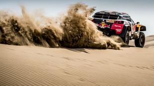 Cyril Despres, durante la segunda etapa del Dakar.