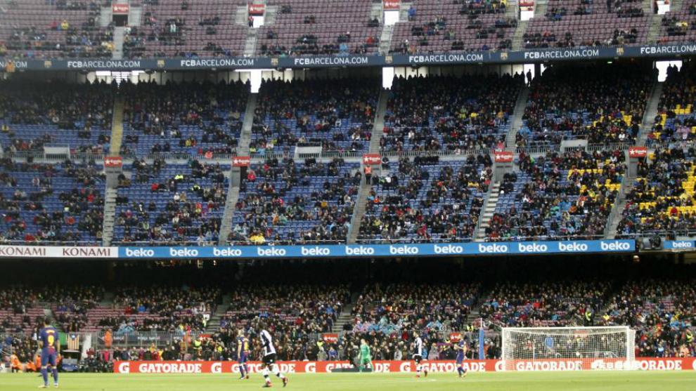 El aspecto de la grada del Camp Nou en el Barça-Levante