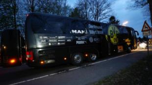 Así quedó el autobús del Borussia Dortmund