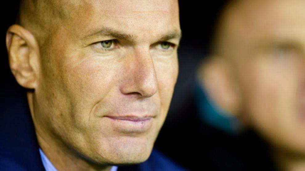 Zidane, pensativo tras el empate ante el Celta