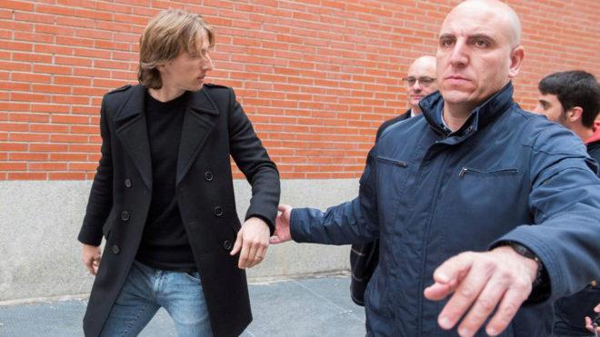 Modric pagó un millón de euros al fisco para evitar la prisión