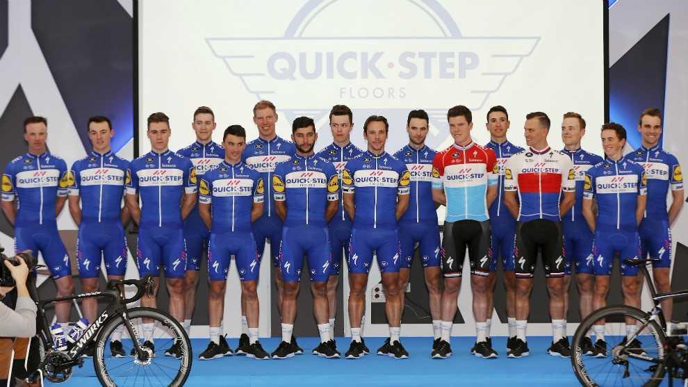El equipo Quick Step presentado en Calpe este martes, con ausencia de...