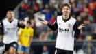 Luciano Vietto celebra su tercer gol