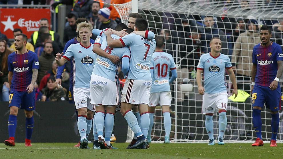 Los jugadores del Celta celebrando un gol en el Camp Nou