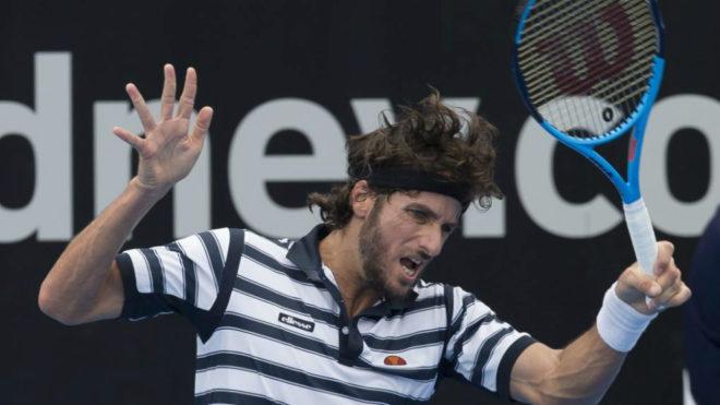 Feliciano López durante un partido en el torneo de Sídney.