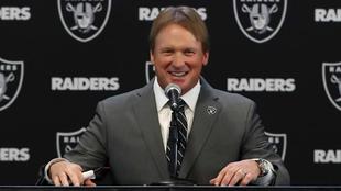 Gruden, en su presentación como nuevo entrenador jefe de los Raiders