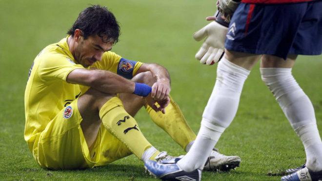 Javi Venta, tocado tras caer eliminado por el Celta de Vigo en 2010.