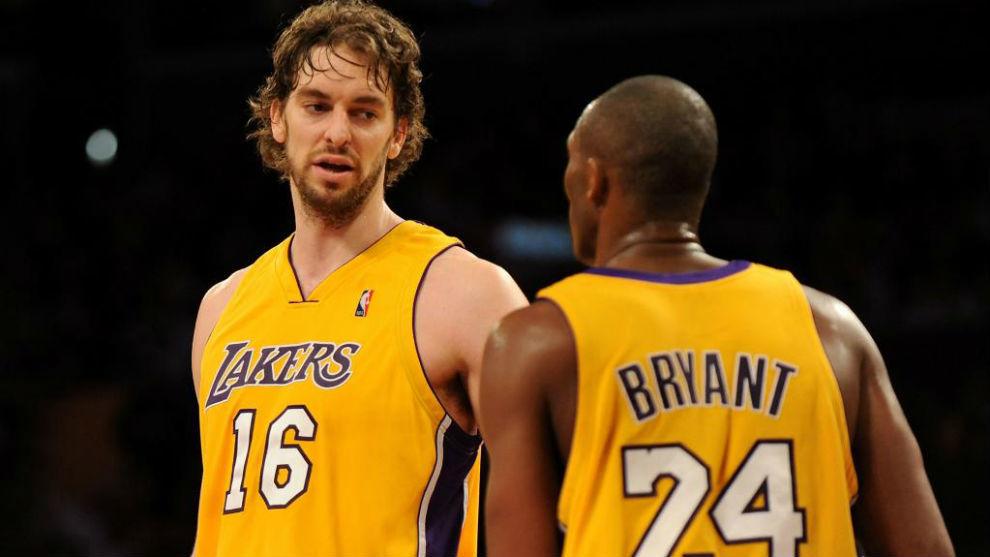 Pau Gasol jugando en Los Ángeles Lakers junto a Kobe Bryant