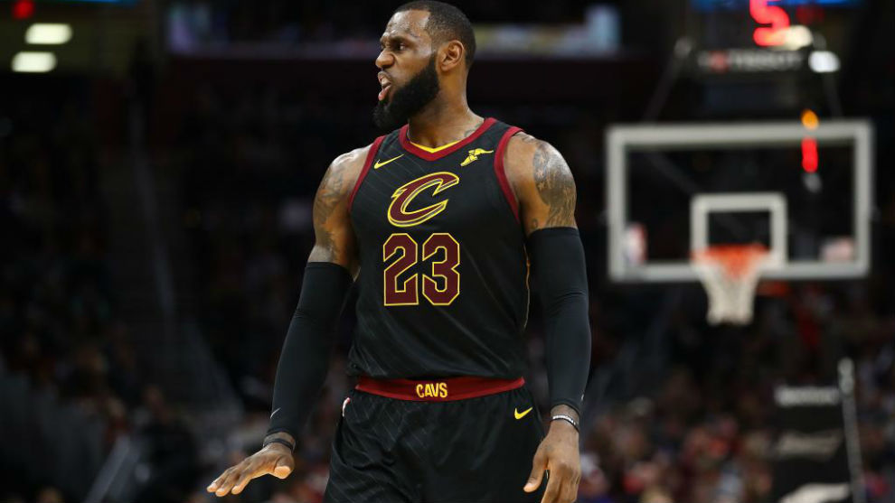 LeBron James disputa su decimoquinta temporada en la NBA