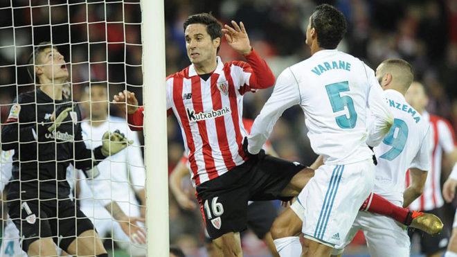 Etxeita, en un partido contra el Real Madrid.