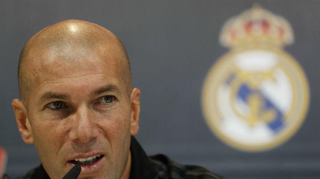 Zidane será entrenador del Madrid mientras él quiera