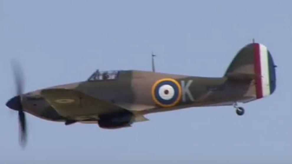 Un ejemplar de Hawker Hurricane que se mantiene en vuelo