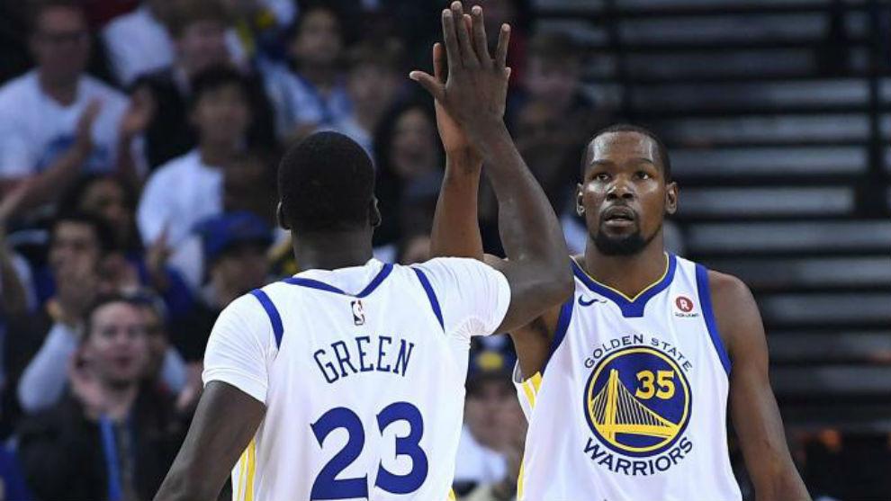 Kevin Durant y Draymond Green fueron los mejores en los Warriors