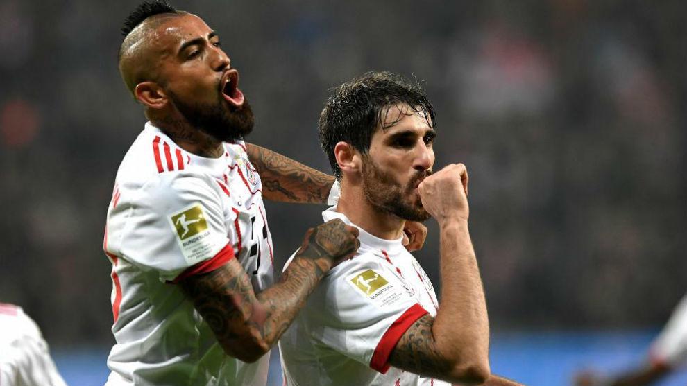 Javi Martínez anotó su primer gol en Bundesliga en el regreso de la...