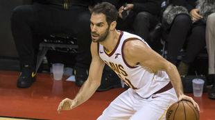 José Manuel Calderón jugando con los Cleveland Cavaliers